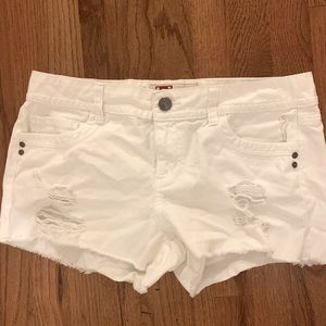 Lei white denim shorts, size 11Jr